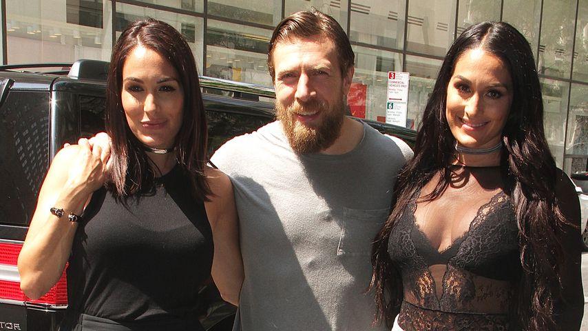 Brie und Nikki Bella mit Daniel Bryan in New York