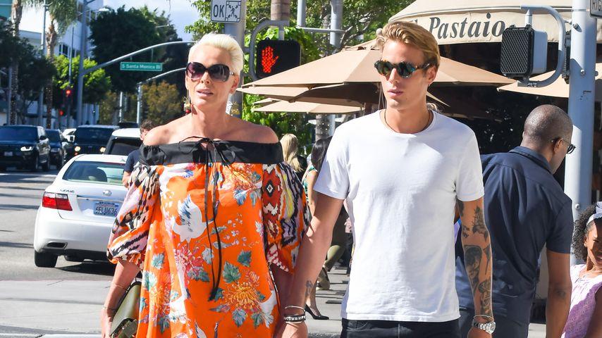 After-Baby-Auftritt: Brigitte Nielsen mit Sohn unterwegs!