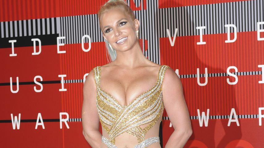 Slip-Blitzer! Britney Spears zeigt in Las Vegas ihr Höschen