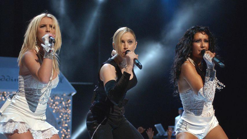 Britney Spears, Madonna und Christina Aguilera bei den MTV Awards 2003