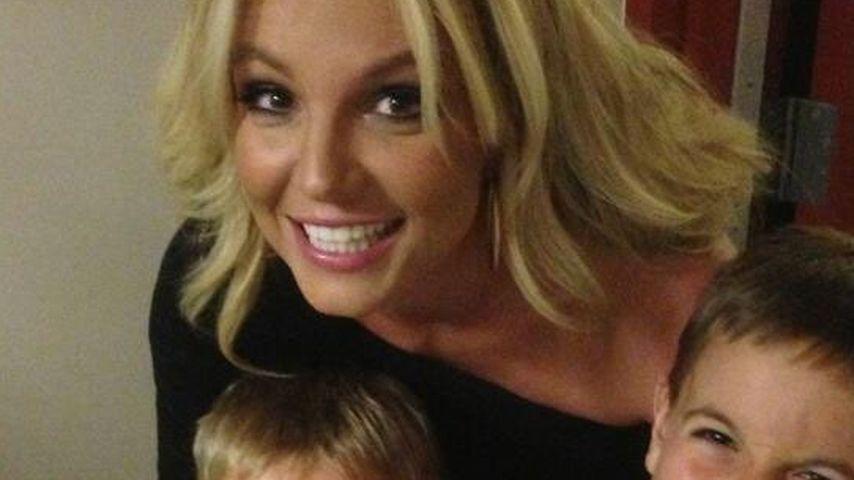 Britney Spears: Küsse sind ihren Kindern peinlich