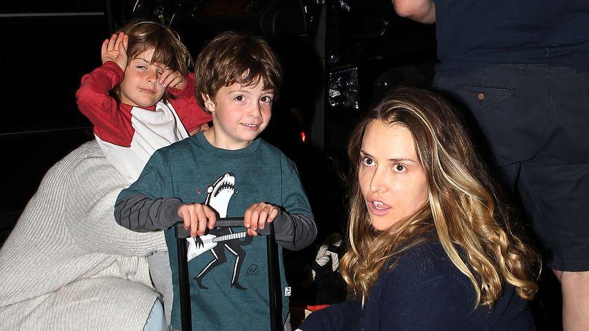 Brooke Mueller mit den Kindern Max und Bob Sheen in Los Angeles