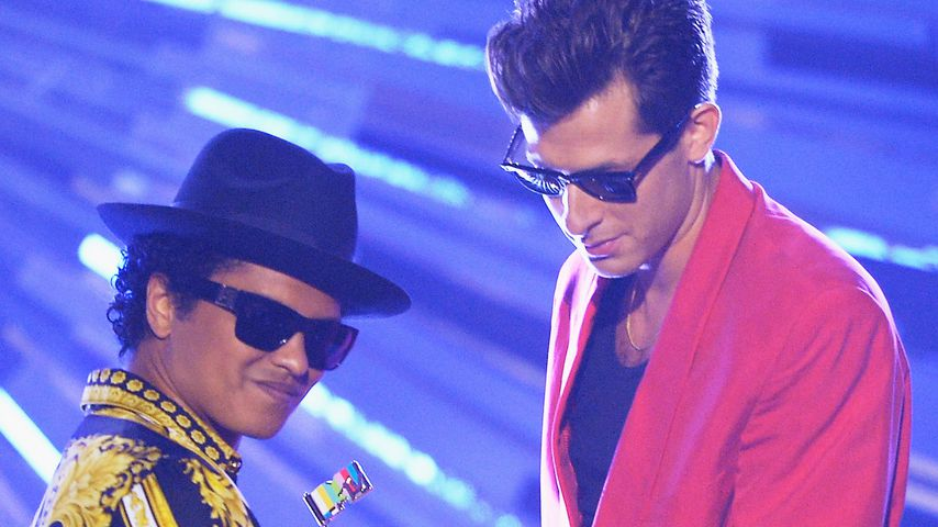 Bruno Mars und Mark Ronson bei den MTV Video Music Awards