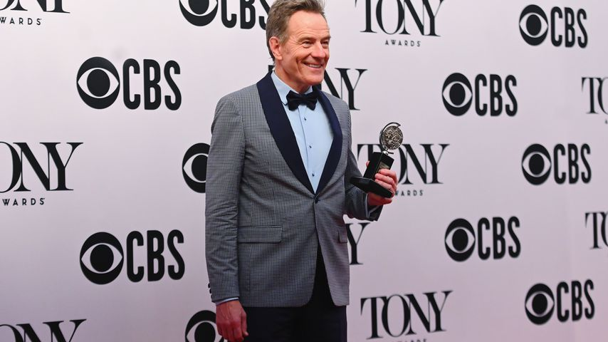 """Breaking Bad""-Star Bryan Cranston gewinnt einen Tony Award"
