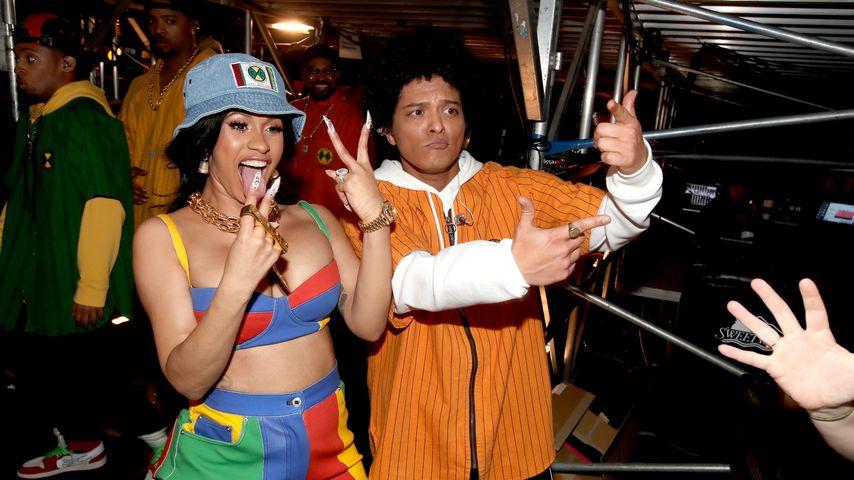 Cardi B und Bruno Mars