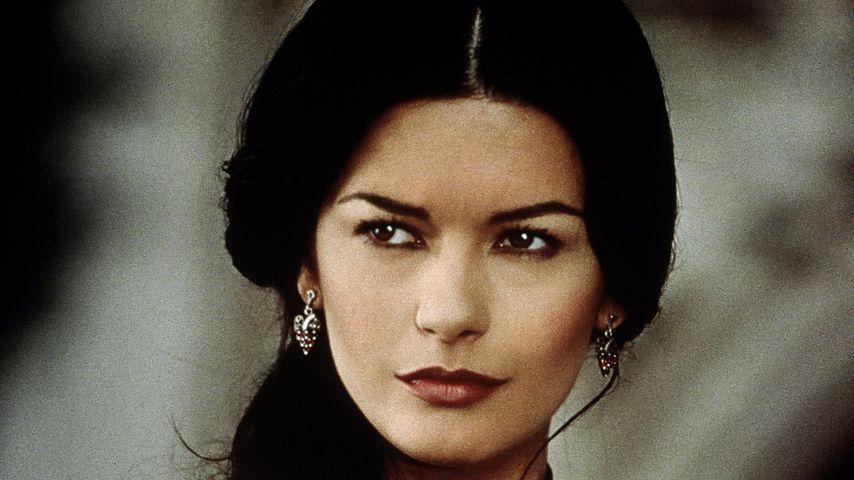 """Catherine Zeta-Jones 1998 in """"Die Maske des Zorro"""""""