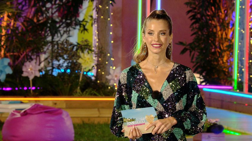 "Cathy Hummels bei ""Love Island"""