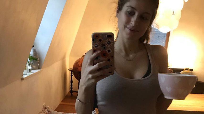 Müde, aber happy: Cathy Hummels zeigt ihren After-Baby-Body