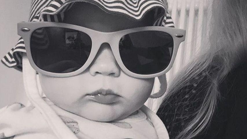 Süßes Foto: Michelle Hunzikers Baby mit Riesensonnenbrille