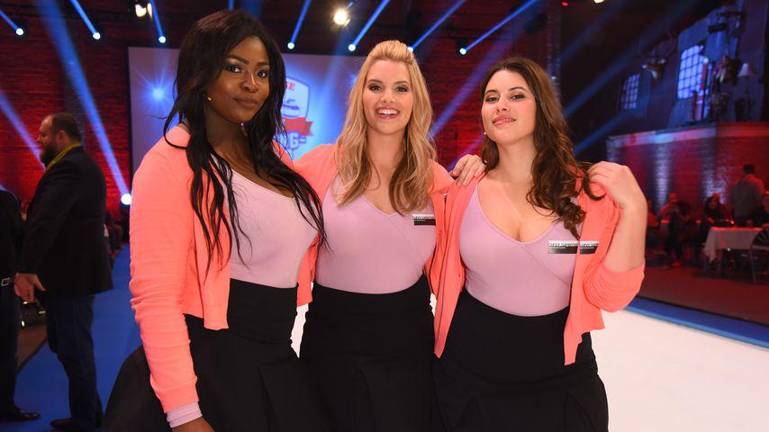 """Aurelie Ceauty, Angelina Kirsch,Celine Denefleh als Team Curvy bei """"Der große RTL II Promi-Curling-A"""