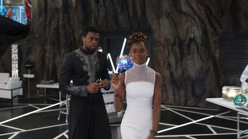 "Chadwick Boseman und Letitia Wright in ""Black Panther"""