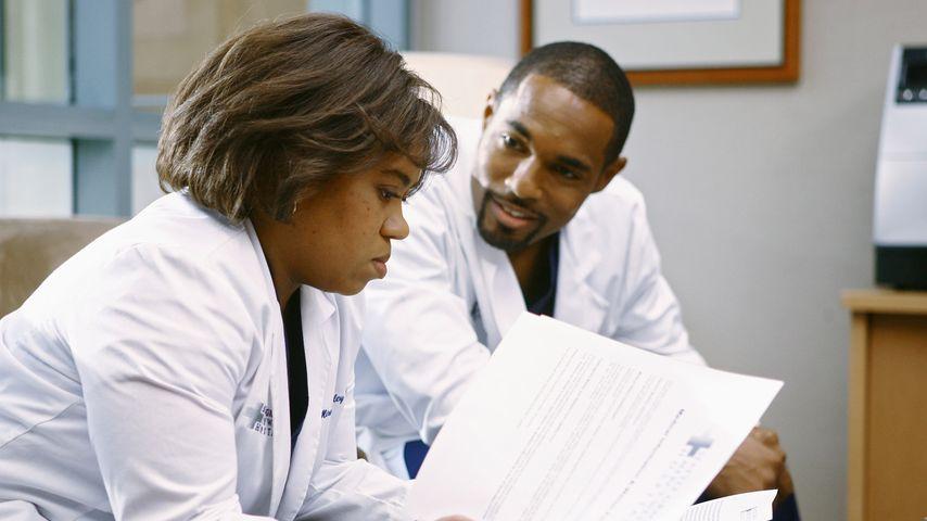 """Chandra Wilson und Jason George am Set von """"Grey's Anatomy"""""""