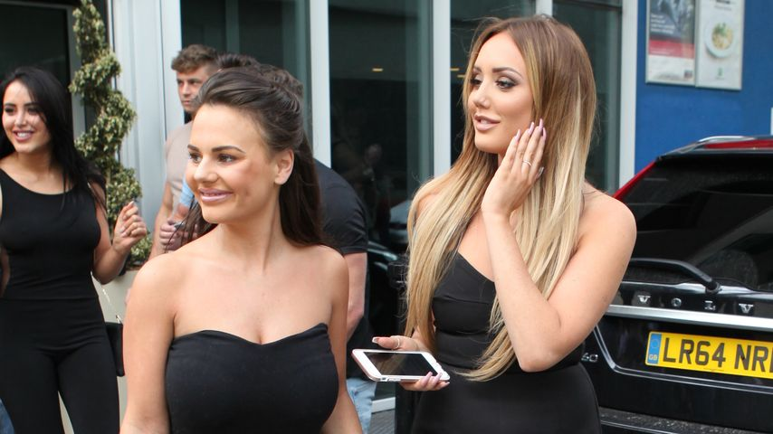 Chantelle Connelly und Charlotte Crosby in London