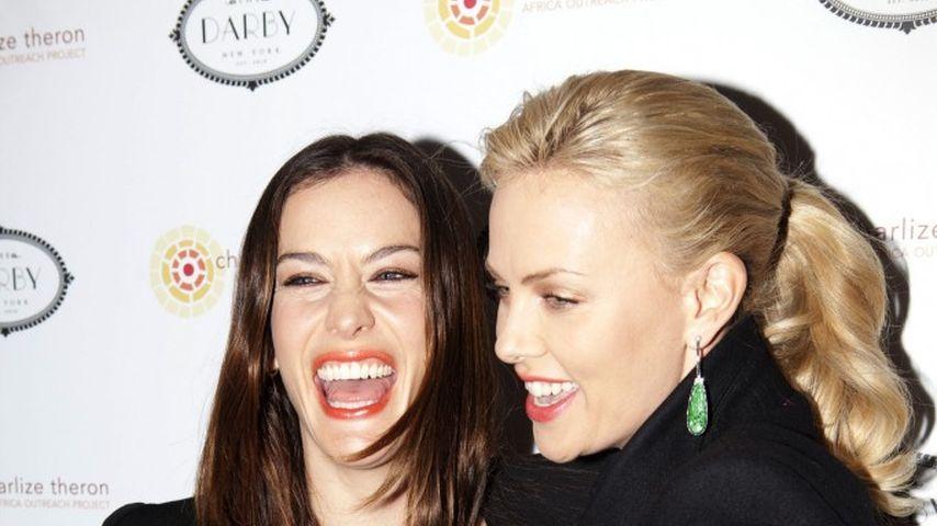 Charlize Theron und Liv Tyler