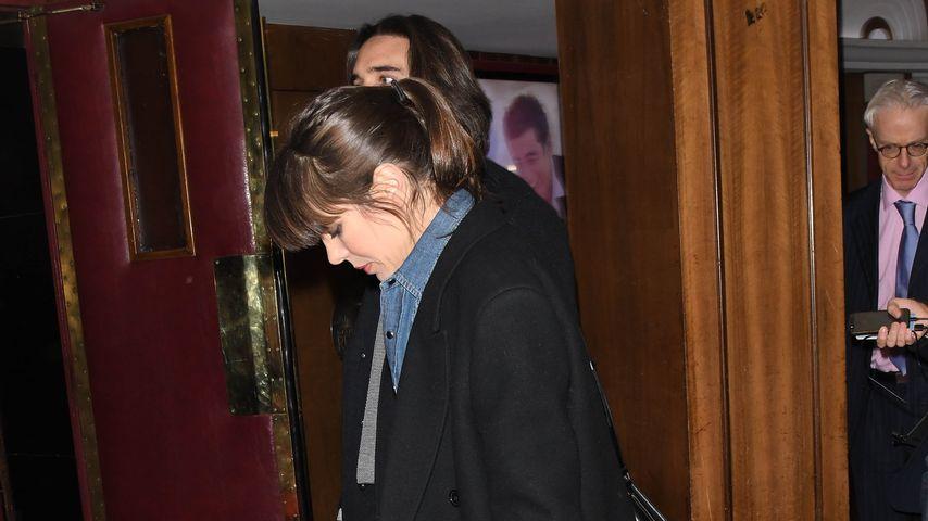 Charlotte Casiraghi schaut Dimitri Rassam in Paris