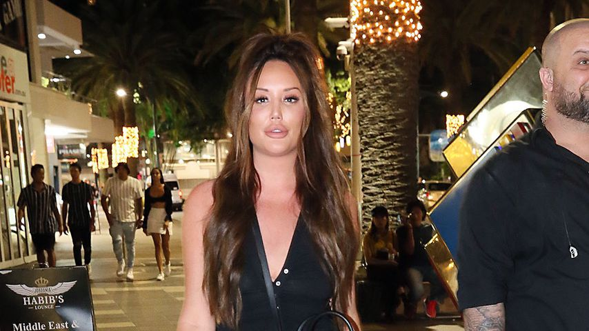 Charlotte Crosby an der Gold Coast in Australien, 2020