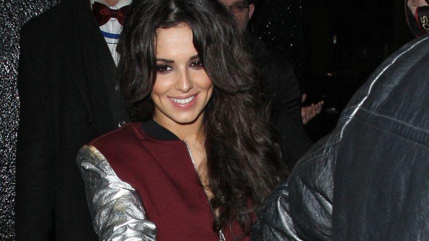 Ungewohnte Form: Cheryl Cole in Baggy-Lederhose