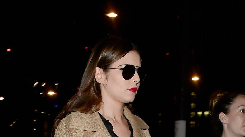 Liams Cheryl im XL-Mantel: Versteckt sie hier den Babybauch?