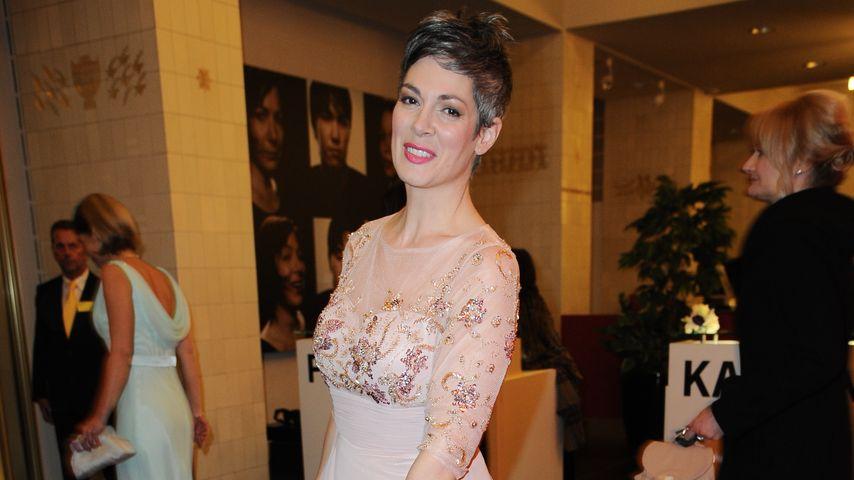 """Neu bei """"Rote Rosen"""": So entkommt Ex-IaF-Cheryl der Pleite"""