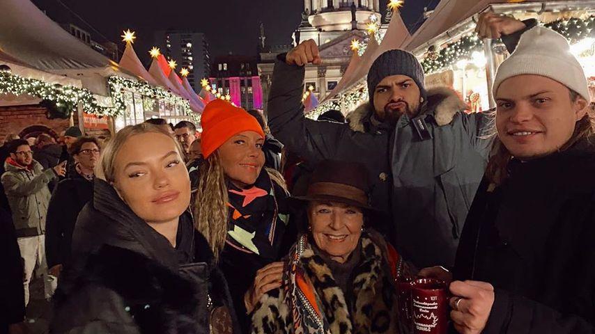 Cheyenne, Natascha, Jimi Blue und Wilson Gonzalez Ochsenknecht mit Bärbel Wierichs (m.)