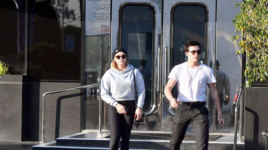 Bald Verlobung? Brooklyn & Chloë in Juwelierladen gesichtet!