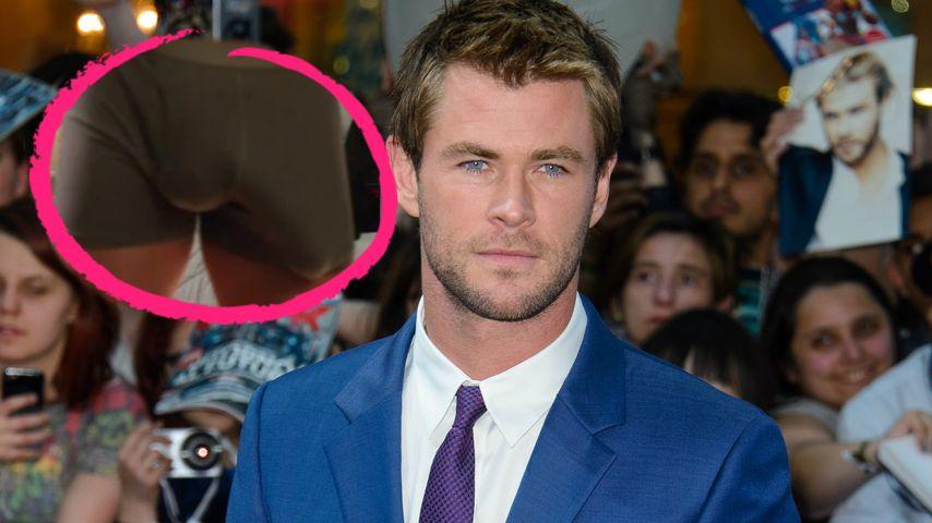 Große Beule: Chris Hemsworth zeigt seinen Riesenpenis