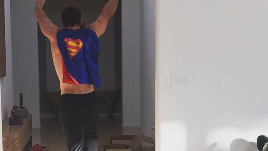 So süß! Chris Hemsworth' Söhne in Papas Superhelden-Camp