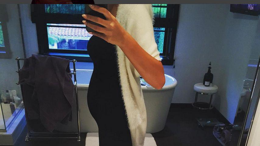 Zwillings-Gerüchte: Chrissy Teigens plötzliche Baby-Kugel