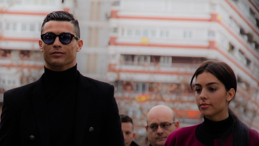 Best Dress Of the Day (656): Cristiano Ronaldo und Georgina vor Gericht
