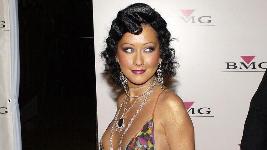 Chrstina Aguilera, Februar 2004