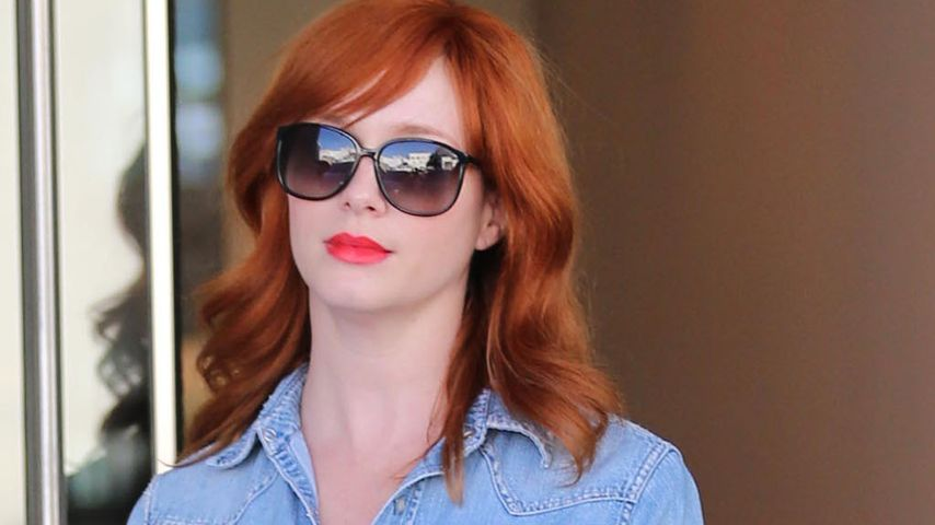 Christina Hendricks hat auch im Casual-Look Klasse