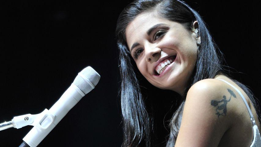 Christina Perri bei einem Konzert 2015