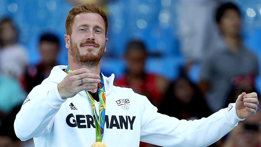 Christoph Harting, Olympia-Gewinner 2016 im Diskurswurf bei der Siegerehrung