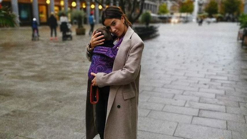 Chryssanthi Kavazi mit ihrem Sohn