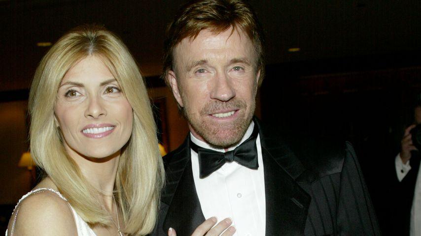 Chuck Norris und Gena O'Kelley bei einem Event in Beverly Hills, 2002
