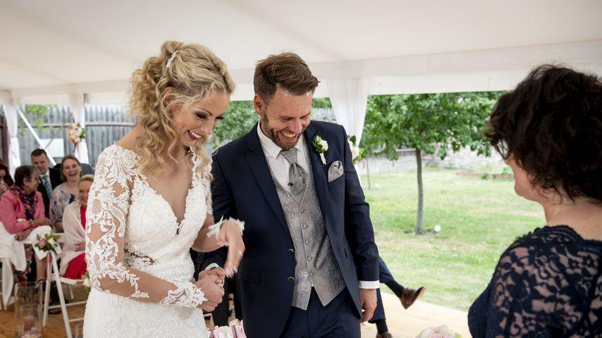 """Cindy und Alexander bei ihrem """"Hochzeit auf den ersten Blick""""-Jawort"""