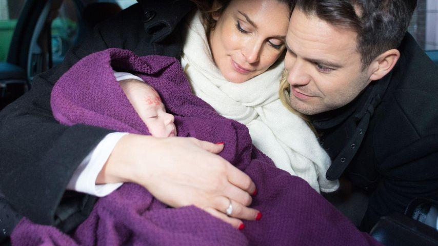 Süße Fotos: Unter uns-Eva zeigt ihren kleinen Sohn