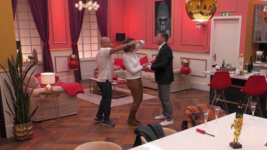 "Claudia Obert mit den ""Claudias House of Love""-Kandidaten Toni und Torsten"