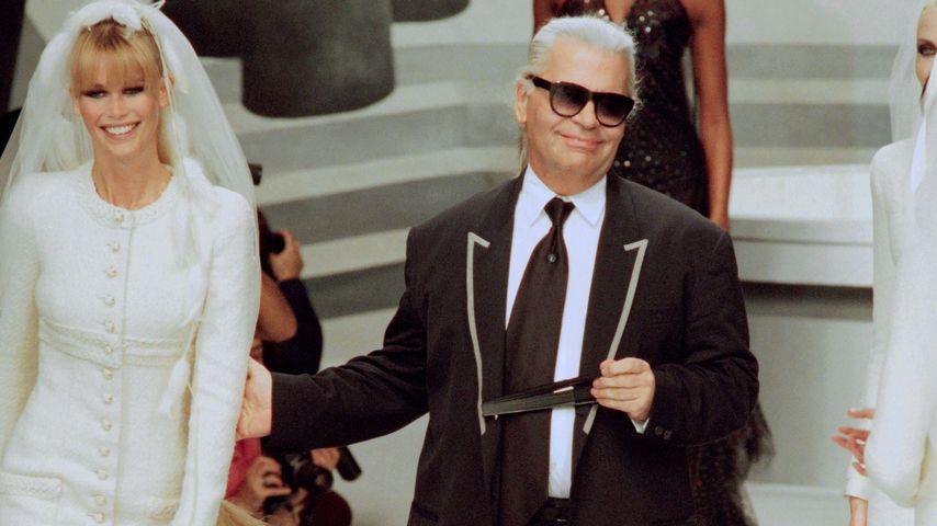 Claudia Schiffer und Karl Lagerfeld in Paris, 1995