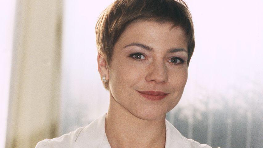 Claudia Schmutzler als Schwester Stefanie, 2000