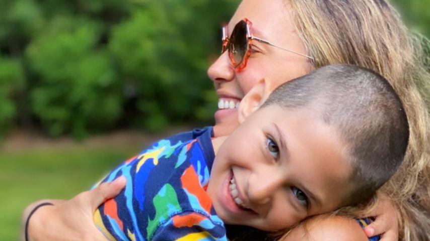 Cleo Buckman Schwimmer mit Zoe Buckman, Juni 2020