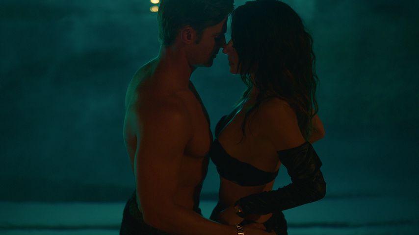 Cooper (Mike Vogel) und Billie (Sarah Shahi)