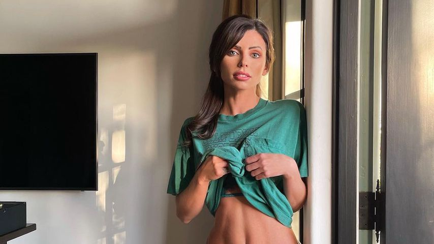 Corin Jamie-Lee, Model