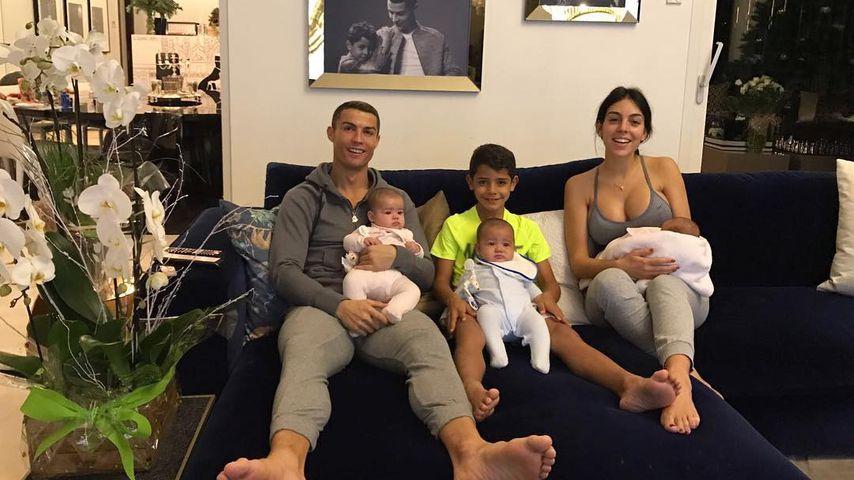 Cristiano Ronaldo, seine Kinder und Georgina Rodriguez