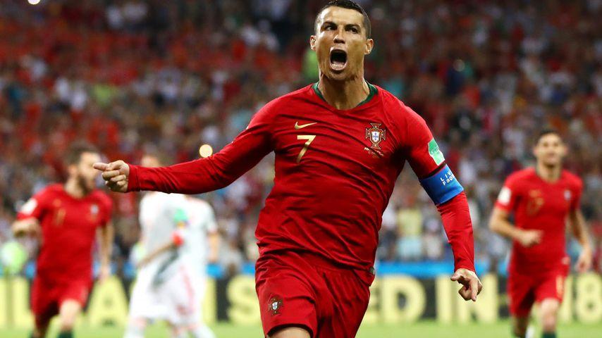 Befreiungs-Schuss: Ronaldo macht Elfmeter-Tor in 4. Minute