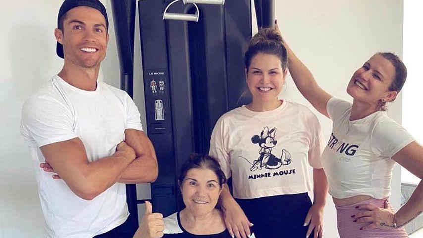 Cristiano Ronaldo mit seiner Mutter Maria Dolores dos Santos Aveiro, März 2020