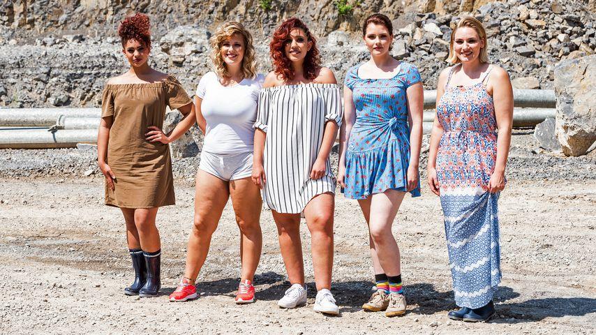 """""""Curvy Supermodel""""-Finalistinnen Ines, Alina, Pauline, Schulamit und Rahel"""