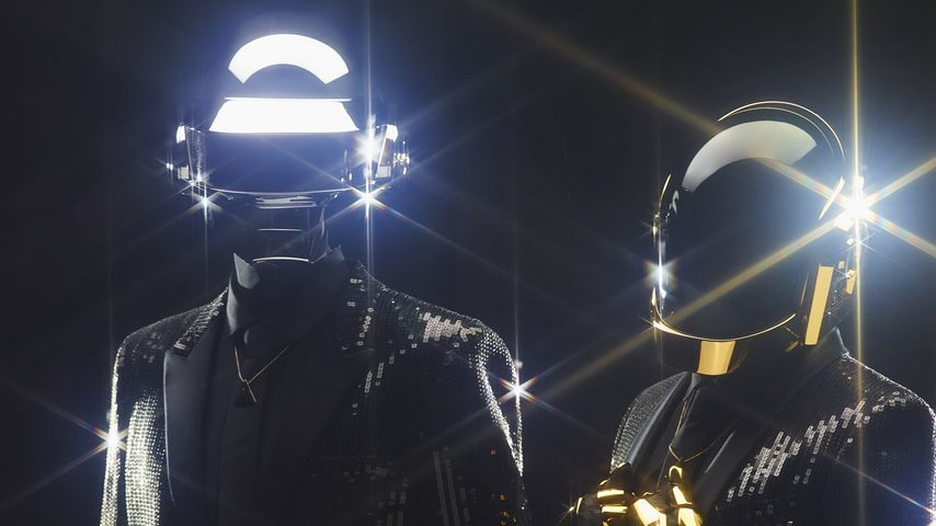 Mega Chart-Erfolg: Daft Punk machen es Cro nach