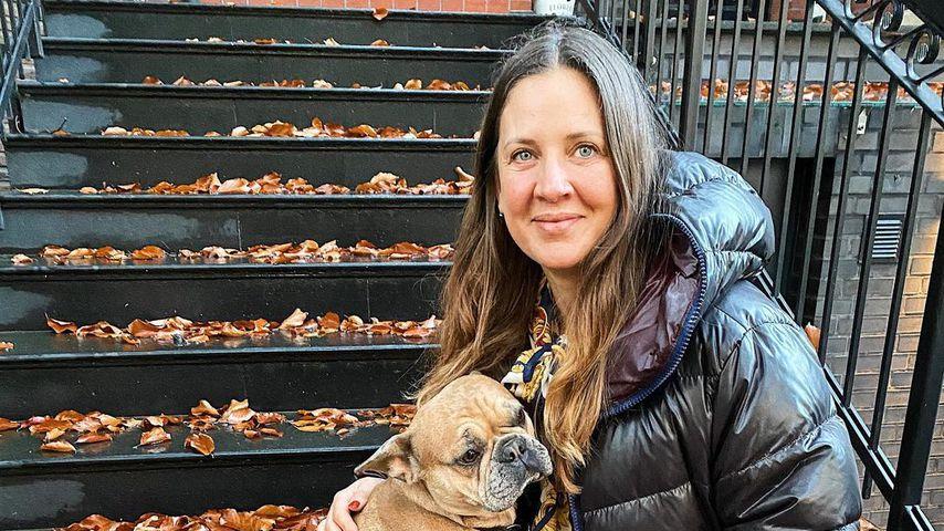 Dana Schweiger mit ihrem Hund