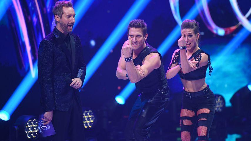 "Daniel Boschmann, Peer Kusmagk und Kat Rybkowski bei ""Dancing on Ice"""
